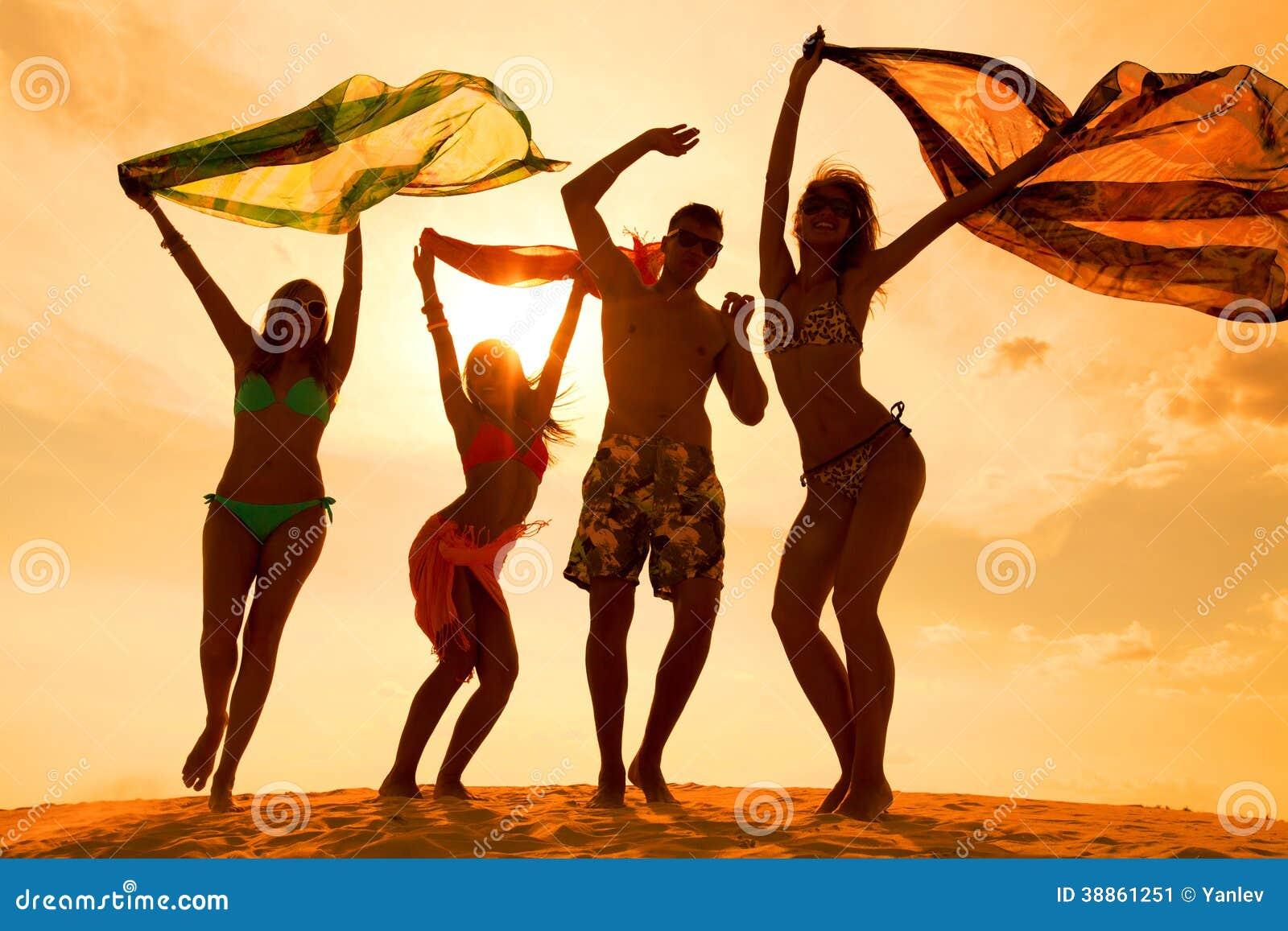 海滩十几岁党