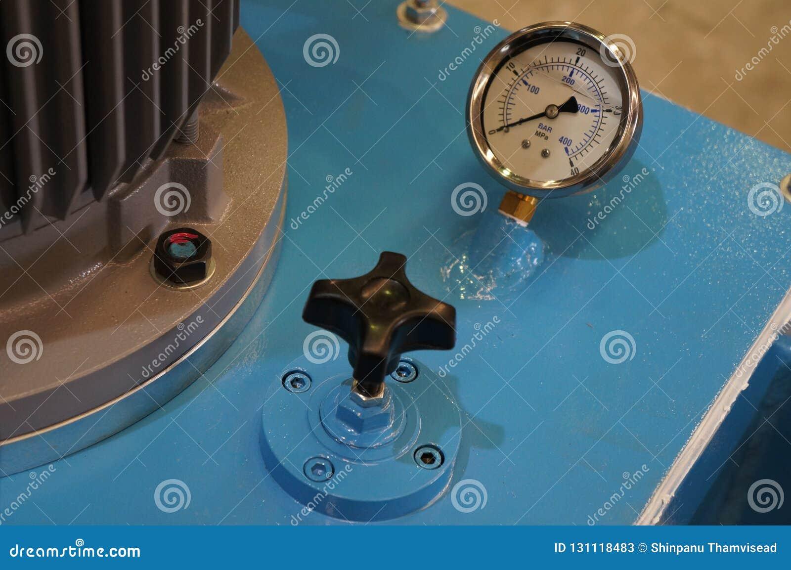 液压测量仪的关闭在一种液压机构