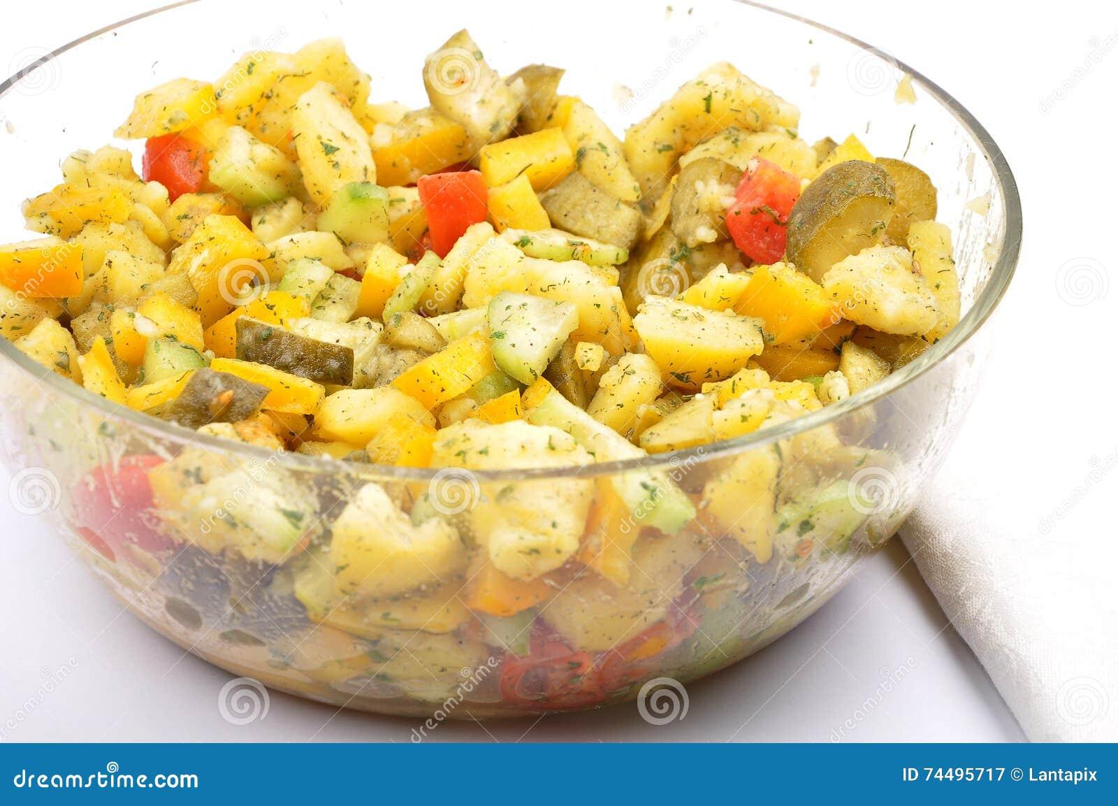 混杂的土豆沙拉