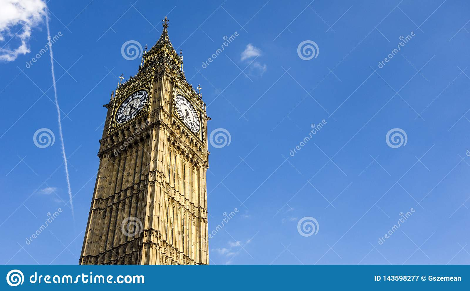 清楚的天空蔚蓝的伦敦大本钟