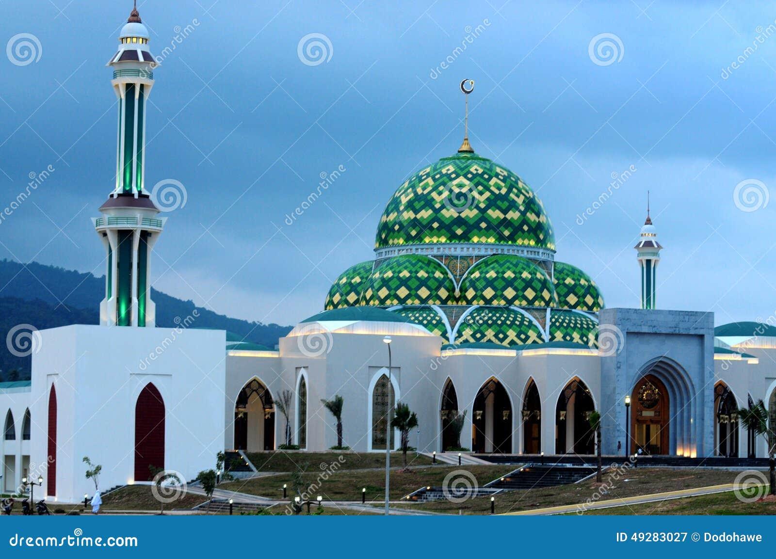 清真寺在纳土纳群岛