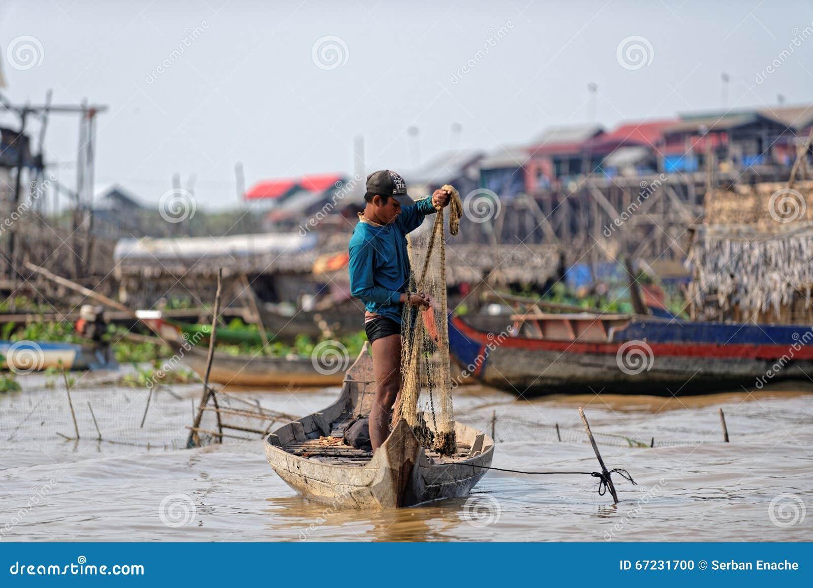 渔夫掩网,洞里萨湖,柬埔寨