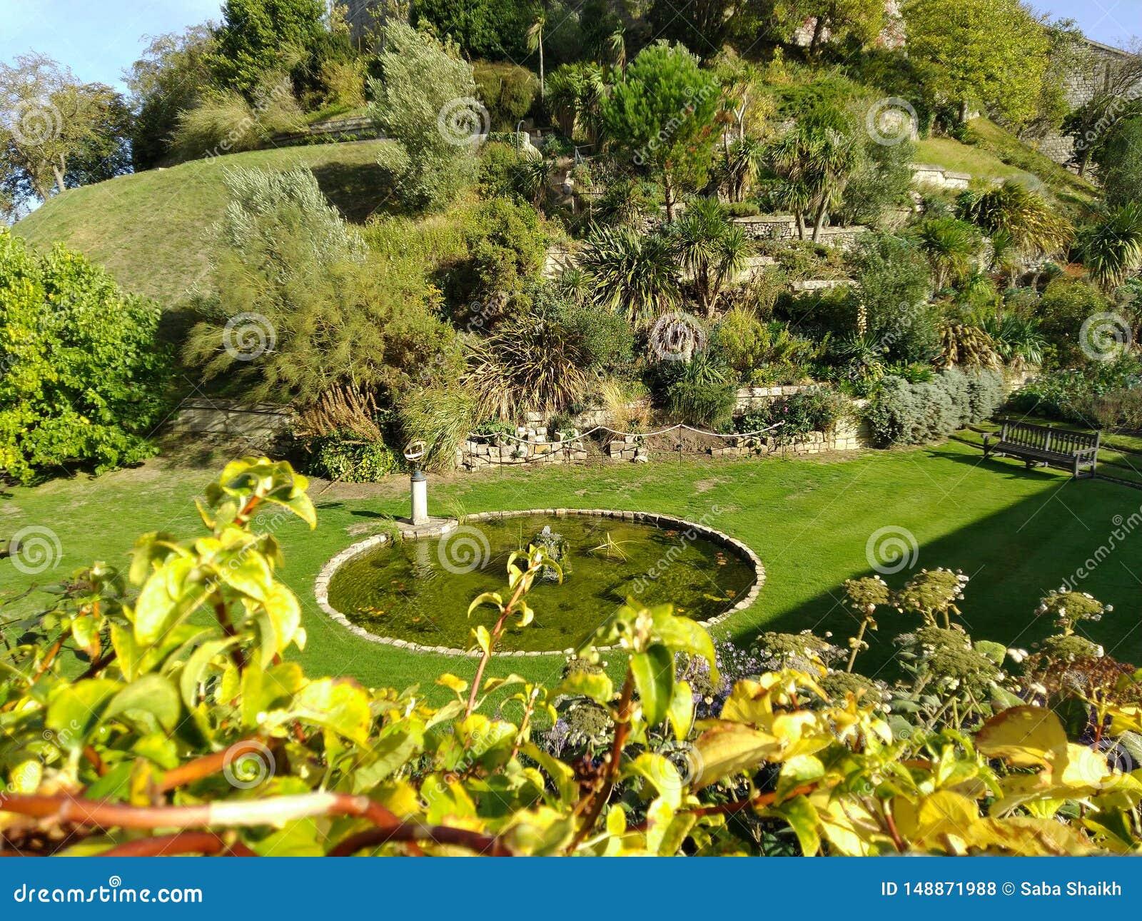 温莎城堡庭院好天气英国,