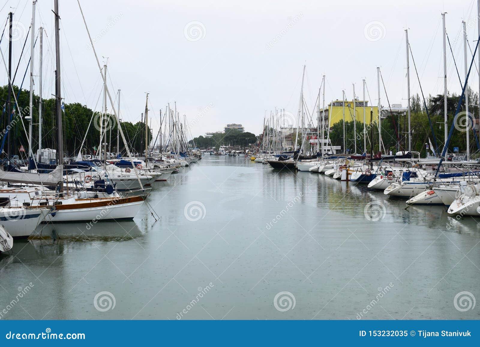 港口在里米尼,意大利