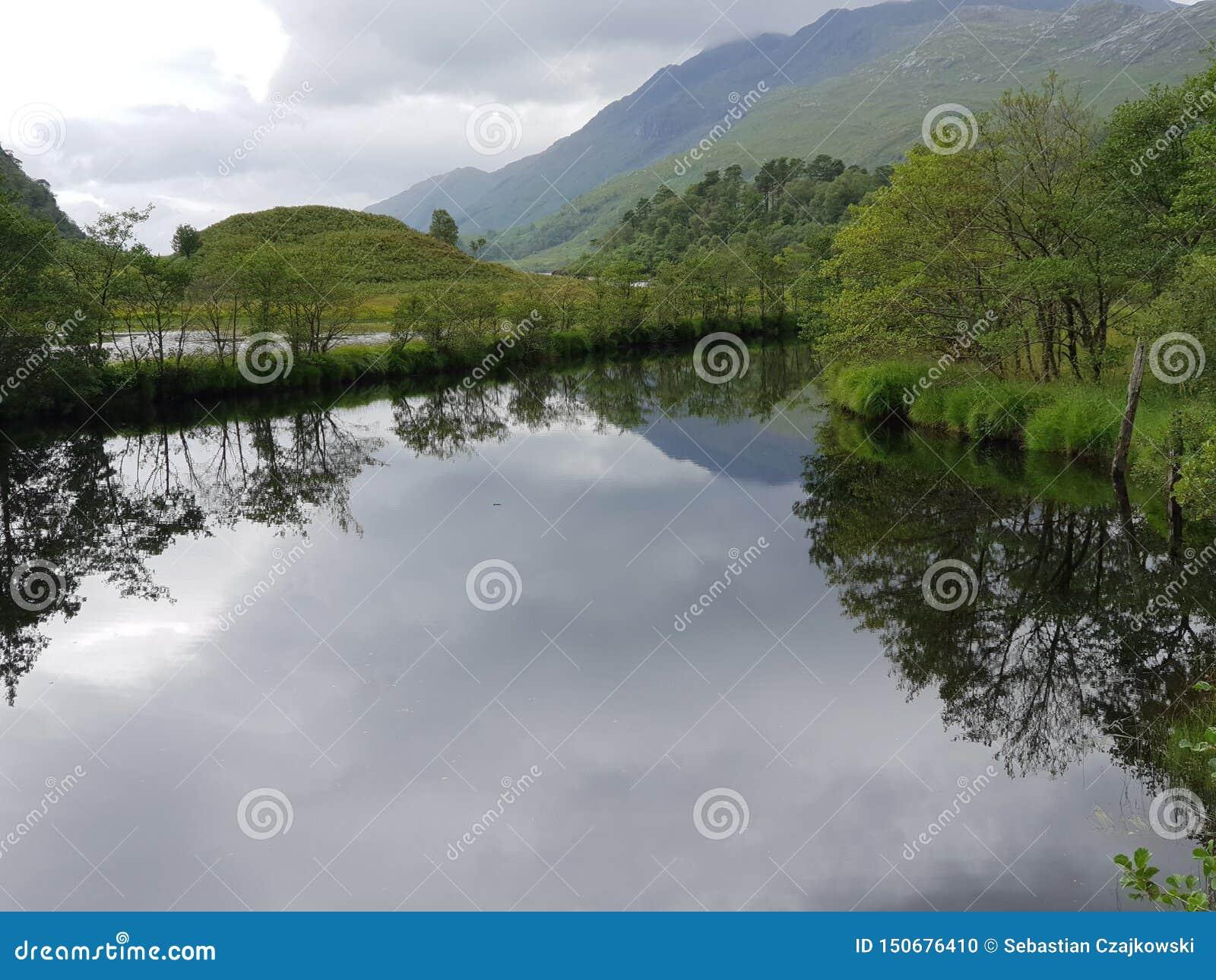 湖和登上,自然