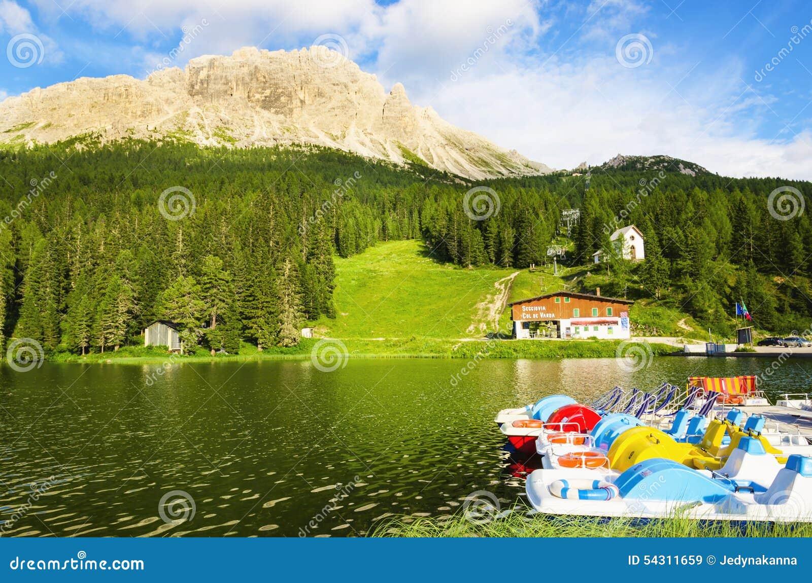 湖Misurina在南蒂罗尔,意大利