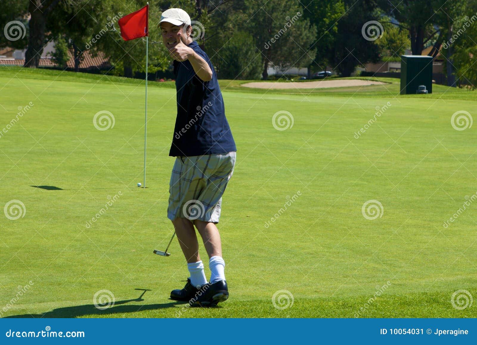 滑稽的高尔夫球运动员