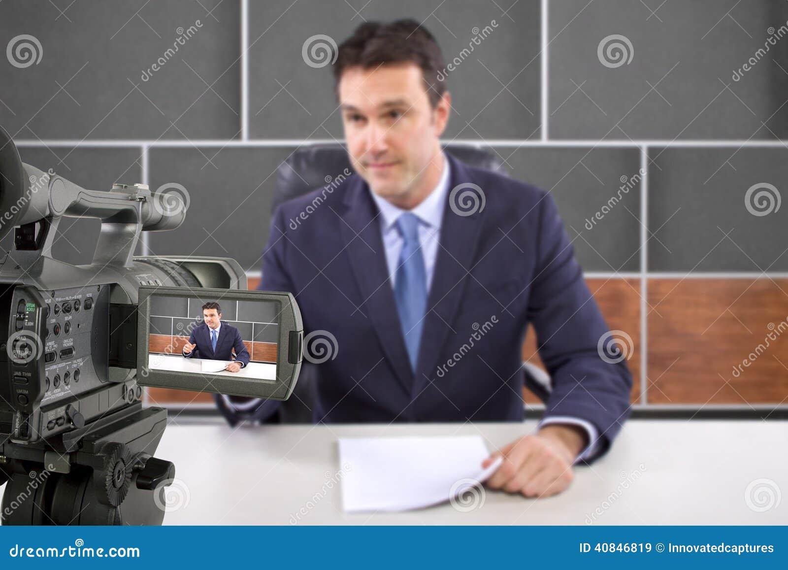 演播室照相机摄制记者