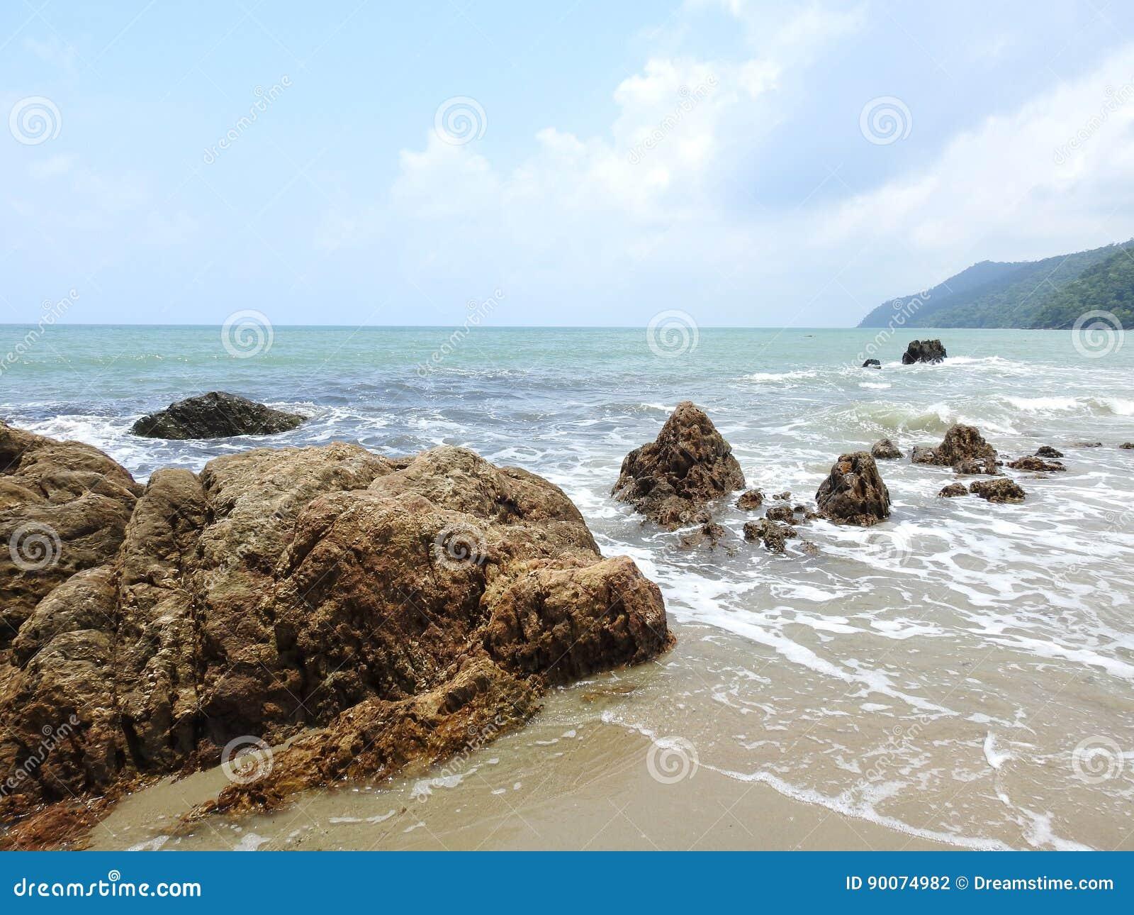 漩涡海湾海滩