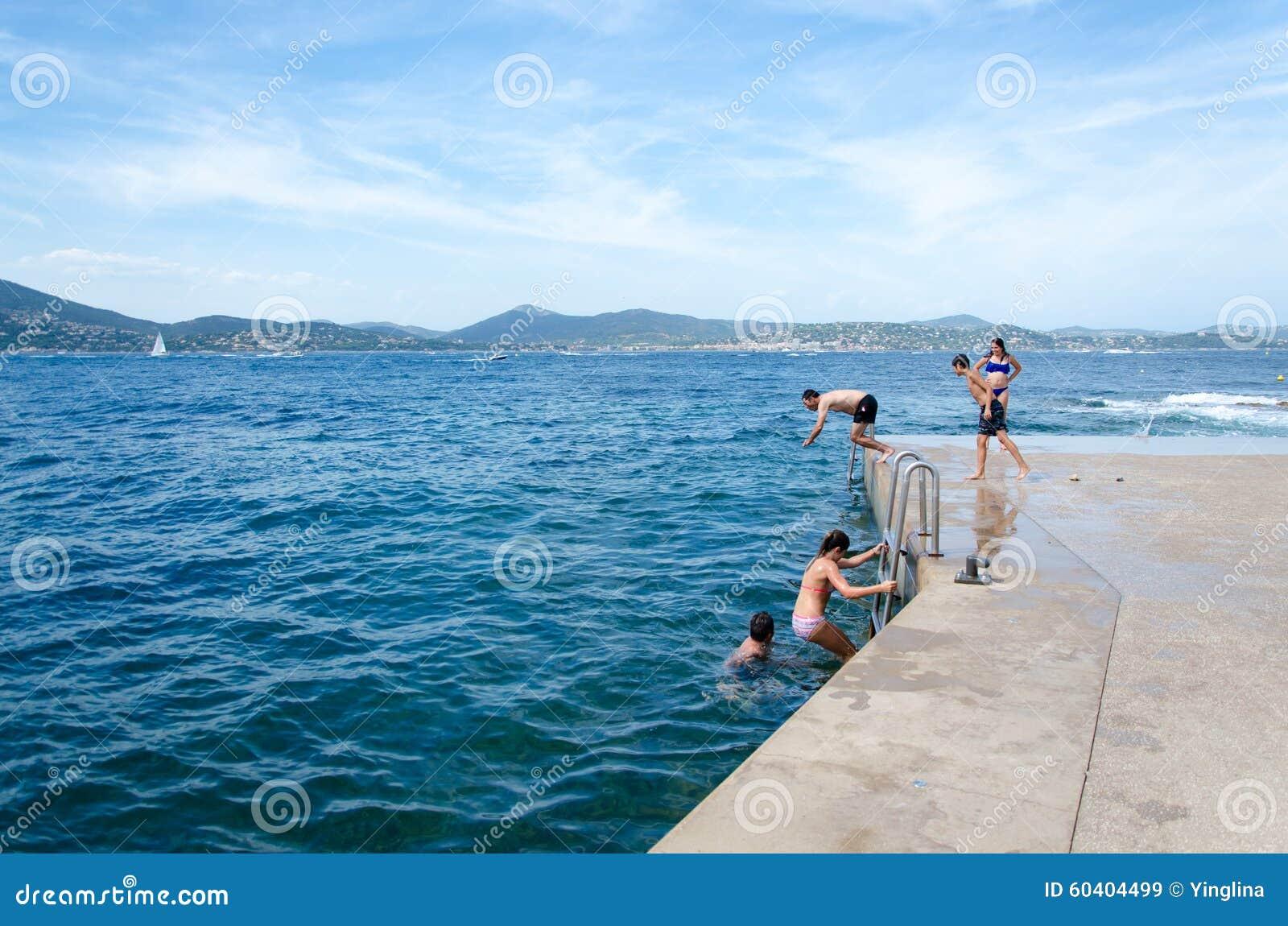 潜水在la ponche