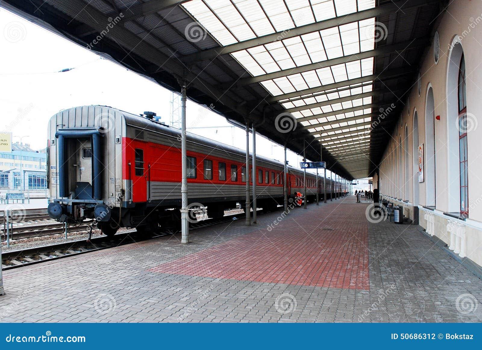 Download 火车站在立陶宛维尔纽斯市的首都 图库摄影片. 图片 包括有 蠢材, 中央, 铁路, 现代, 公共, 网络 - 50686312