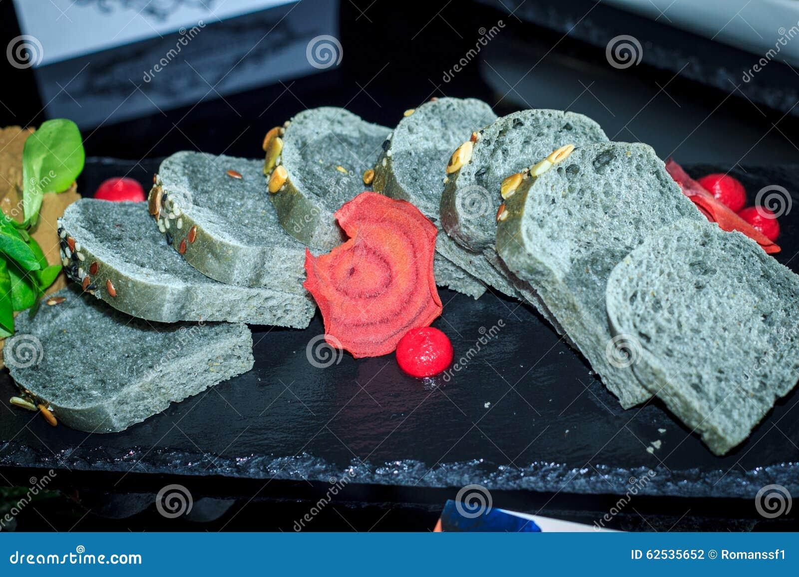 灰色面包用谷物,切