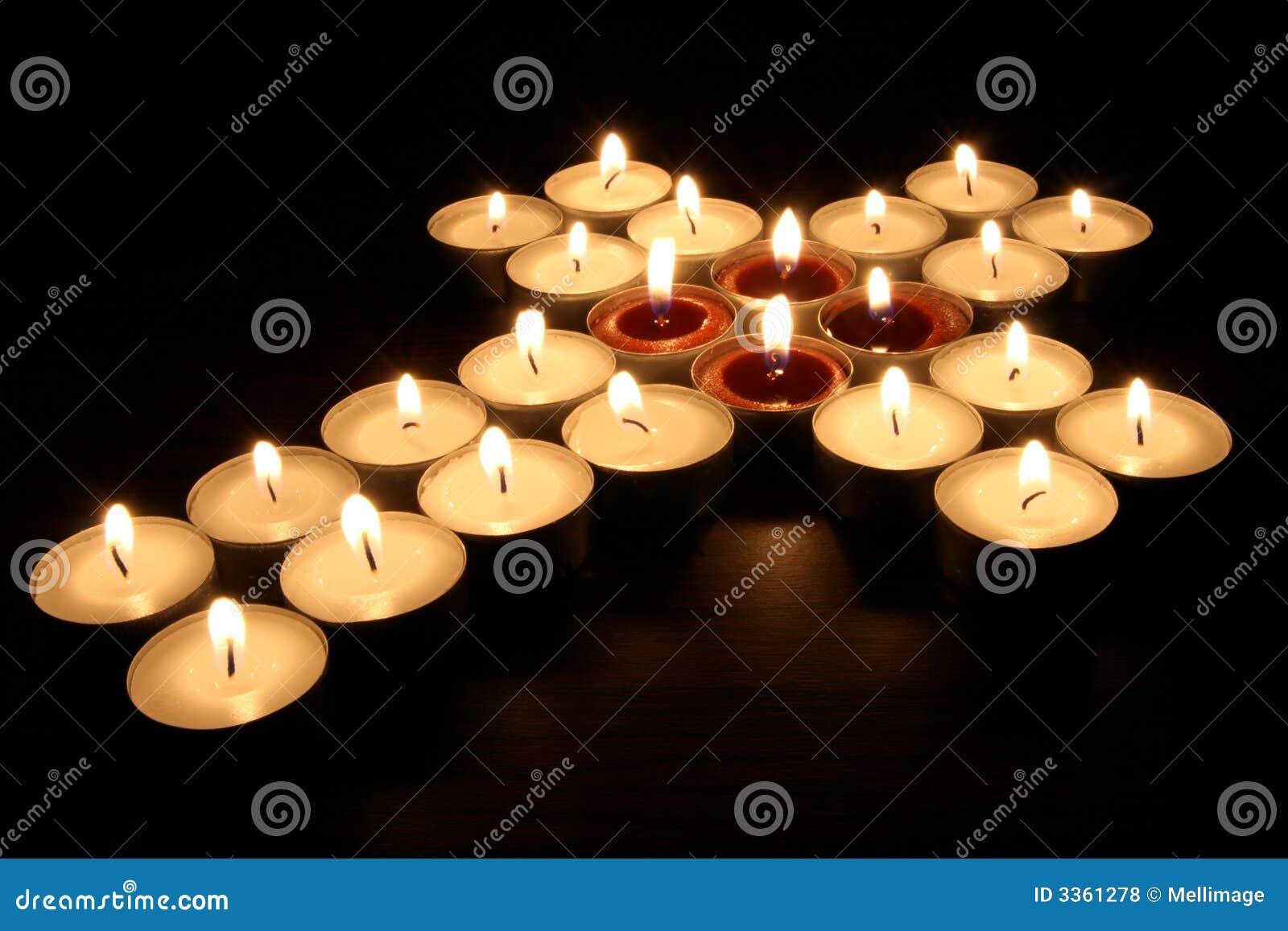 蜡烛交叉光做红色茶白色.