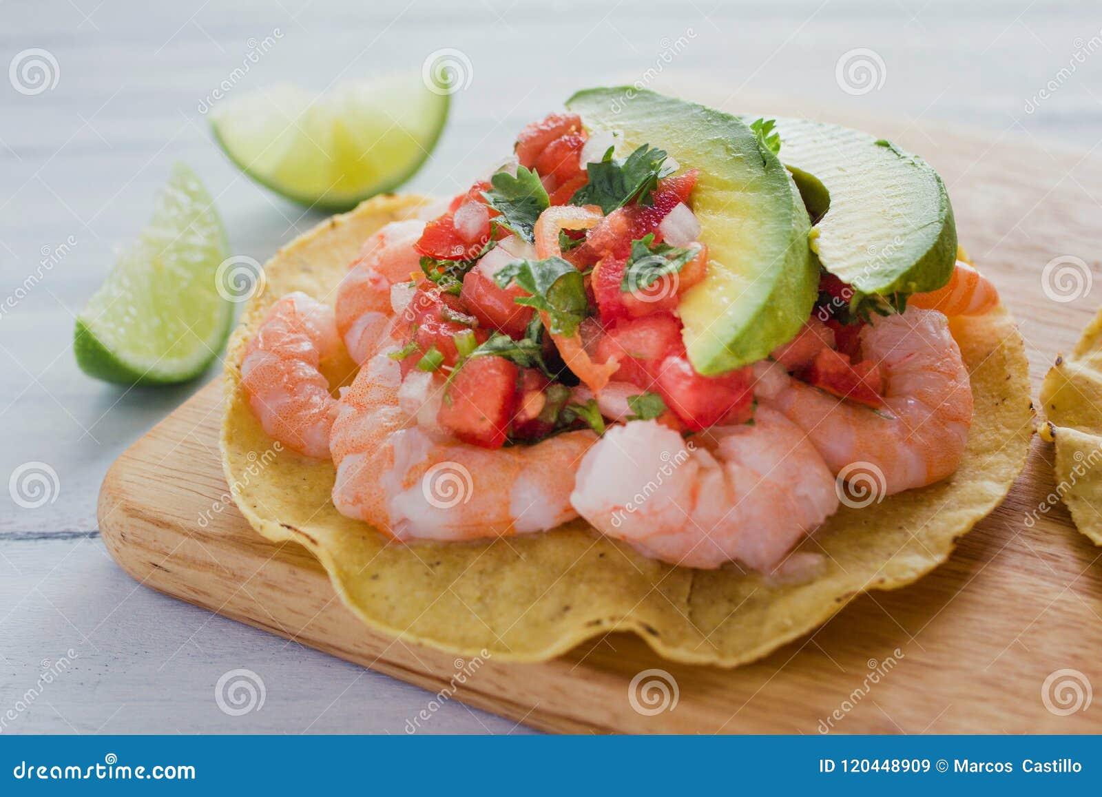 炸玉米粉圆饼de camaron Mexicanas,虾炸玉米粉圆饼,墨西哥食物在墨西哥,海鲜