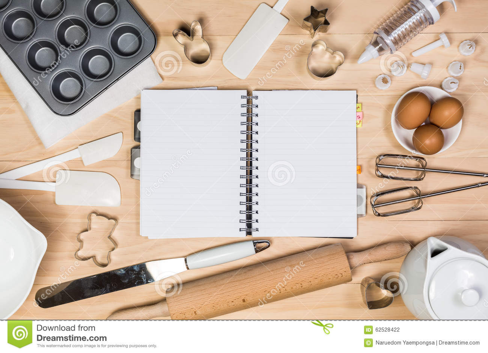 烘烤和酥皮点心工具有笔记本的