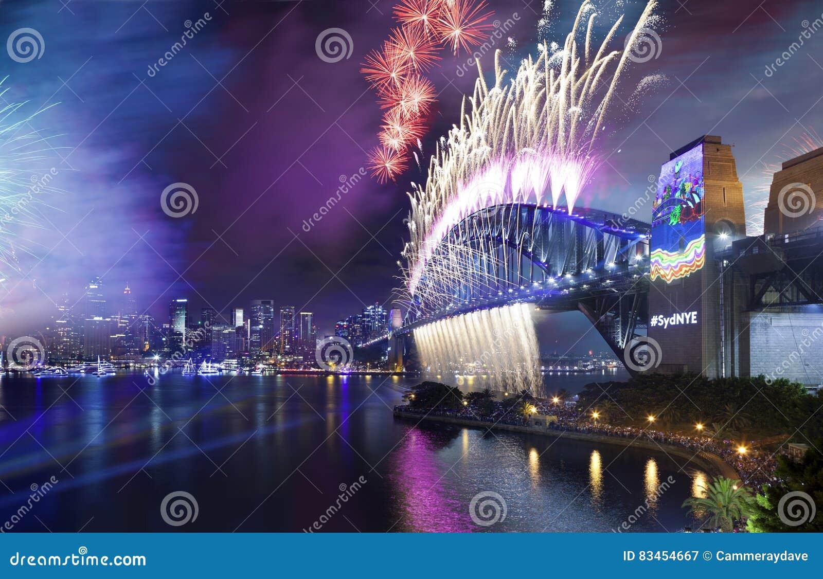 Download 烟花悉尼港桥 库存图片. 图片 包括有 威尔士, 夜间, 旅游业, 晚上, 贿赂, 地标, 活动, 布哈拉 - 83454667