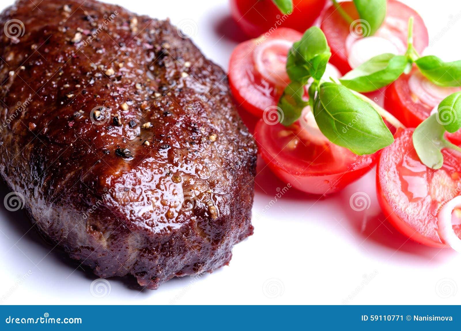 烤牛排用蕃茄