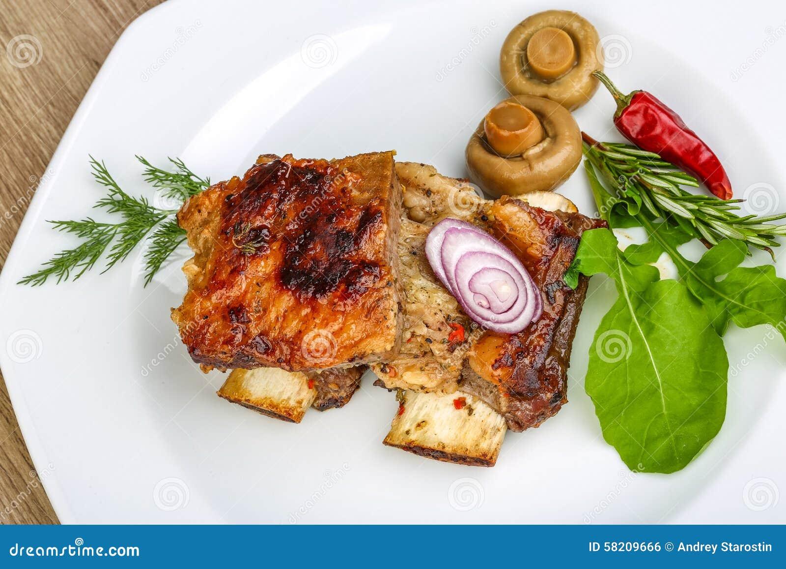 烤牛肉肋骨