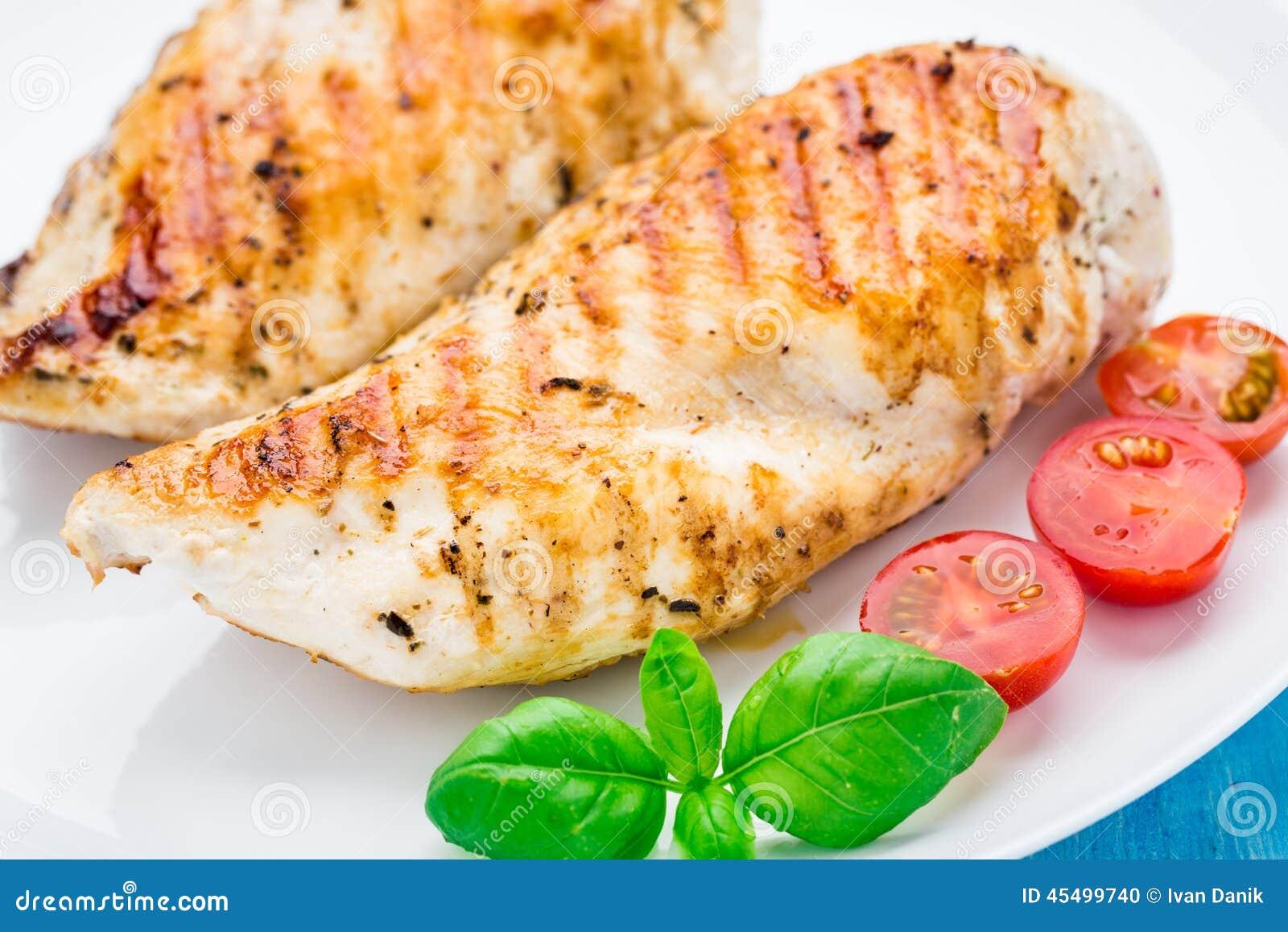 烤的乳房鸡