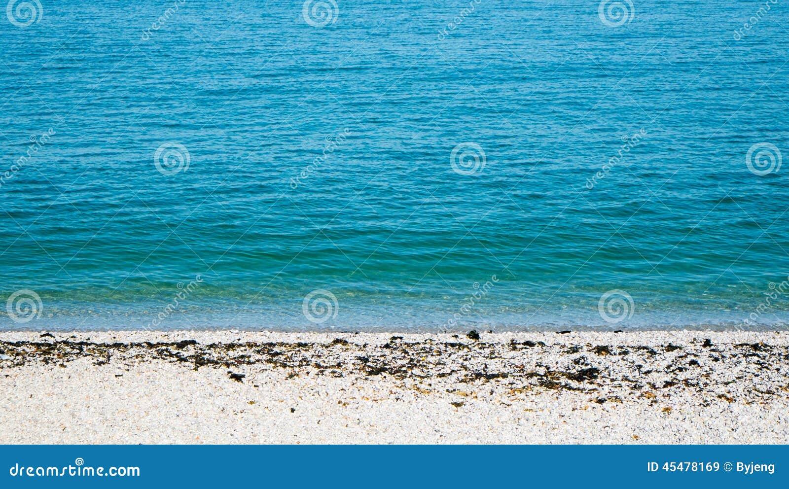 热带海滩的海运