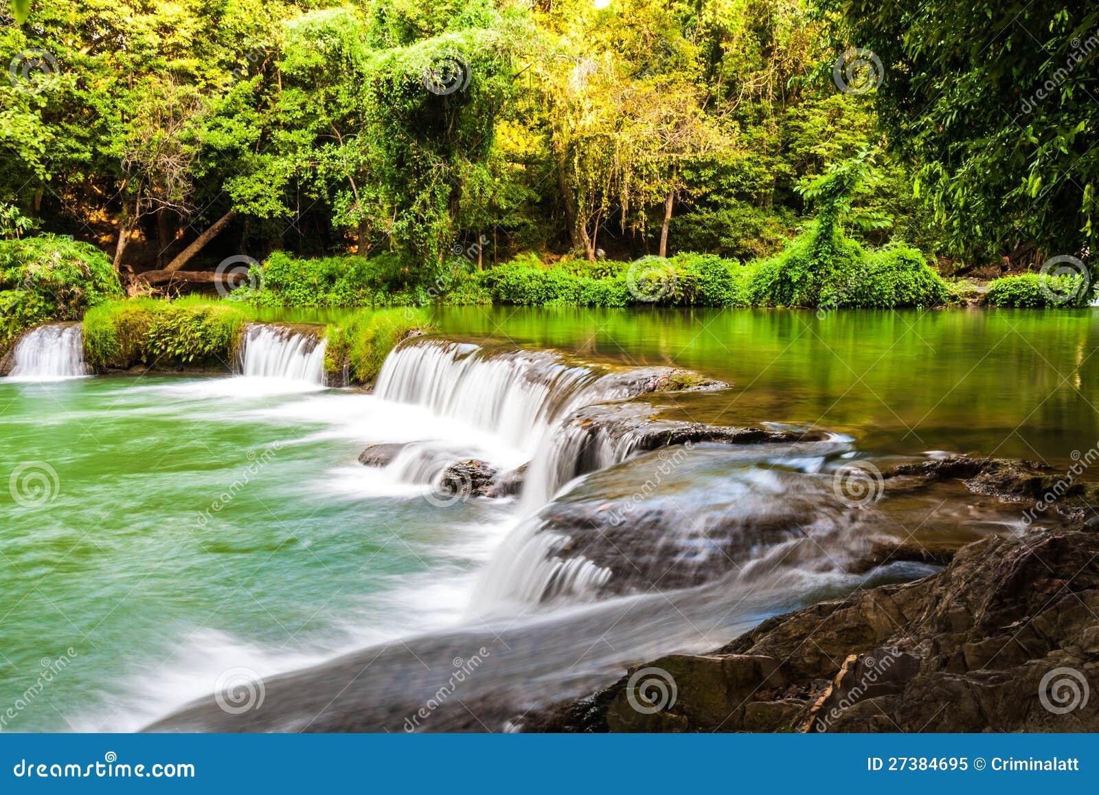 去泰国免筺(Y_热带瀑布在泰国 免版税库存照片 - 图片: 27384695