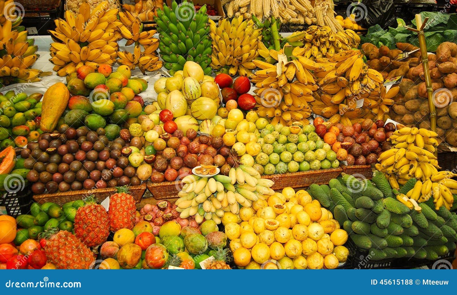 热带的水果摊