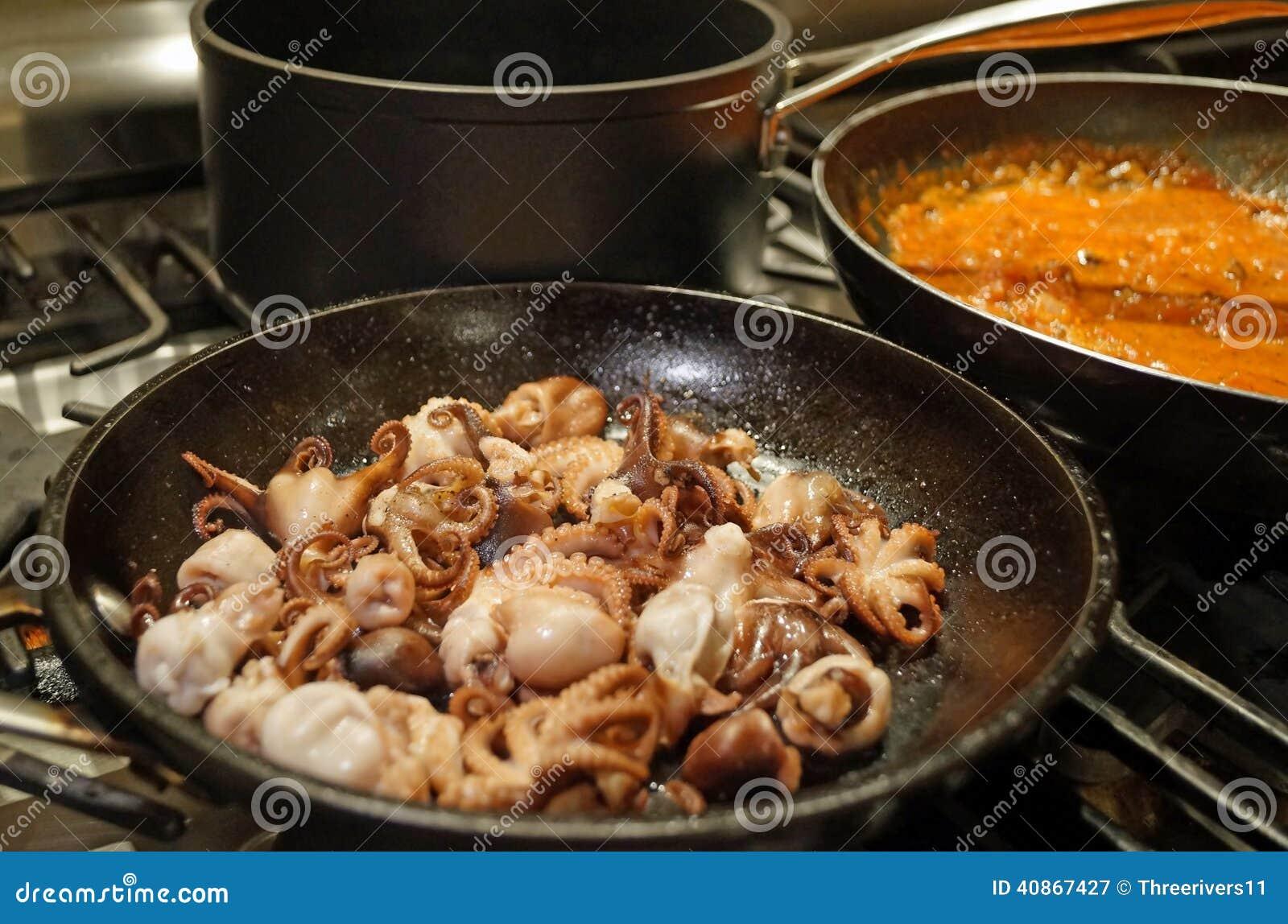 烹调海鲜面团