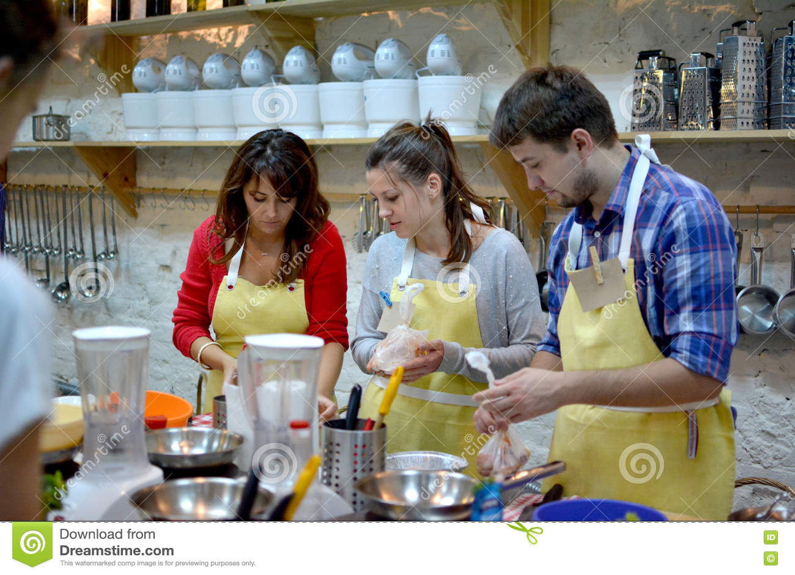 烹饪课,烹饪,食物和人概念