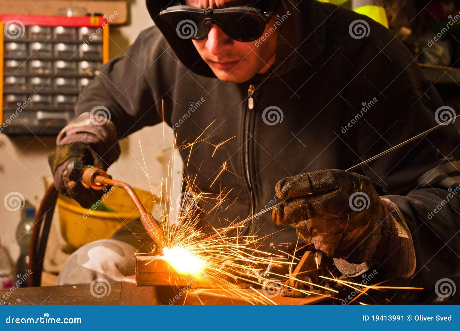 焊接工作者