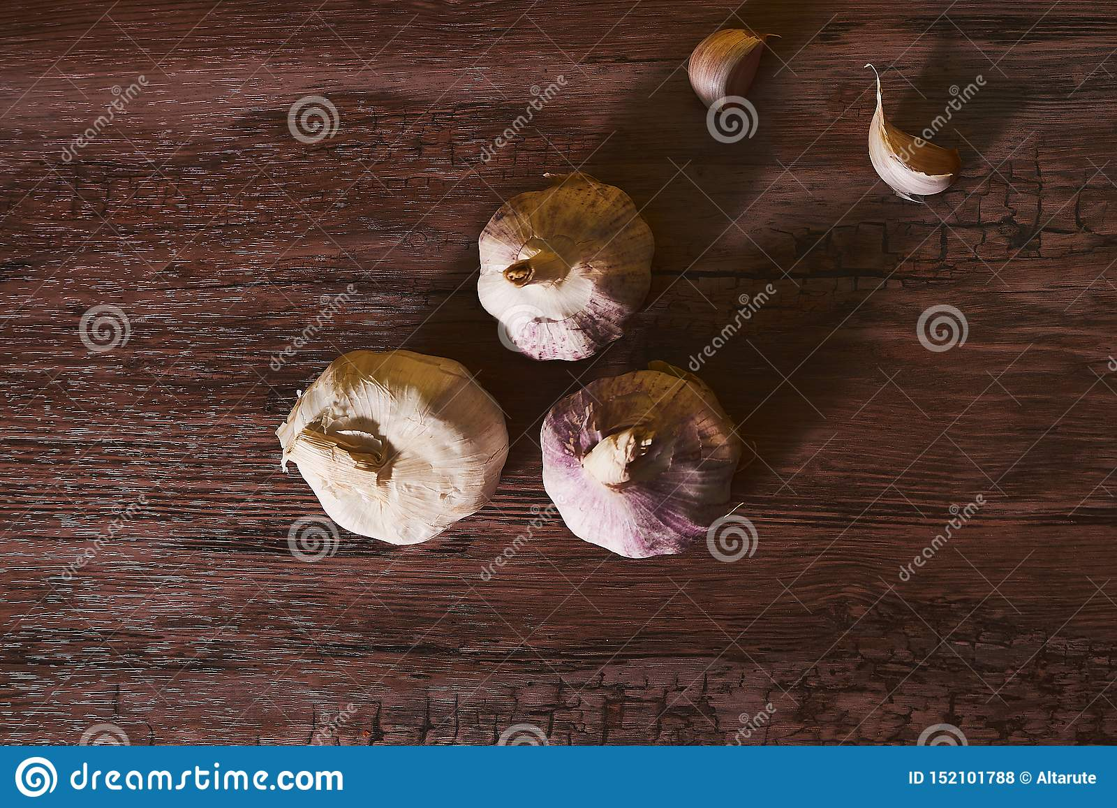 照片用有机的大蒜