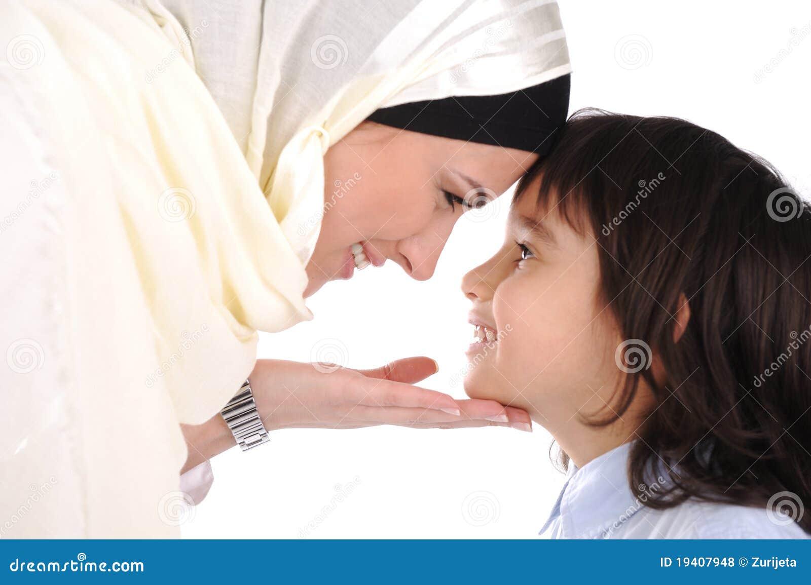 爱恋的母亲穆斯林儿子