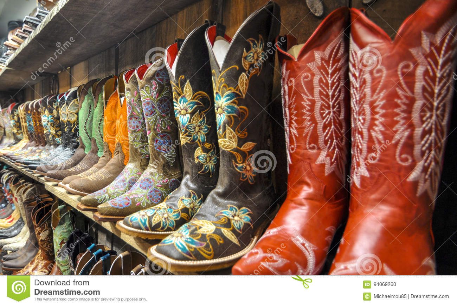 牛仔靴墙壁