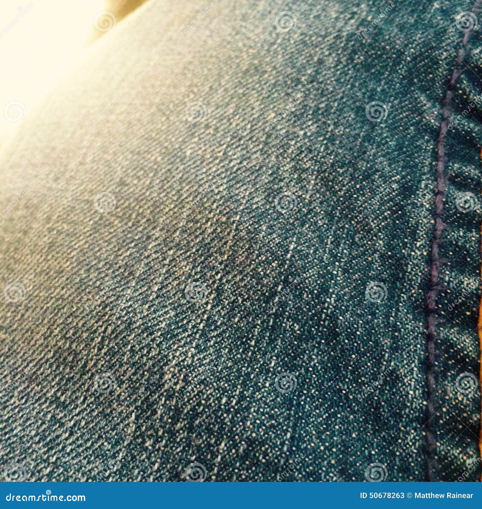Download 牛仔裤 库存图片. 图片 包括有 红色, 朦胧, 户外, 天空, 原野, 牛仔裤, 轻武装快舰, 超级, 结构树 - 50678263