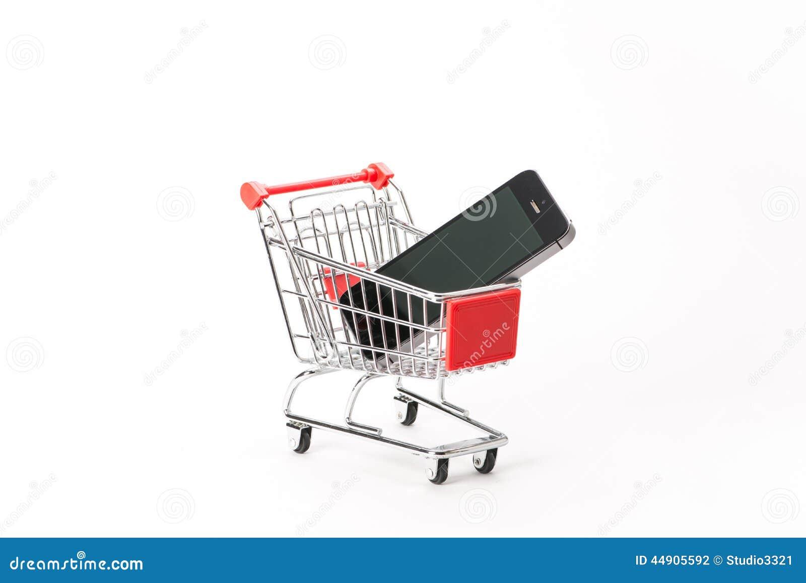 购物的小型运车与智能手机