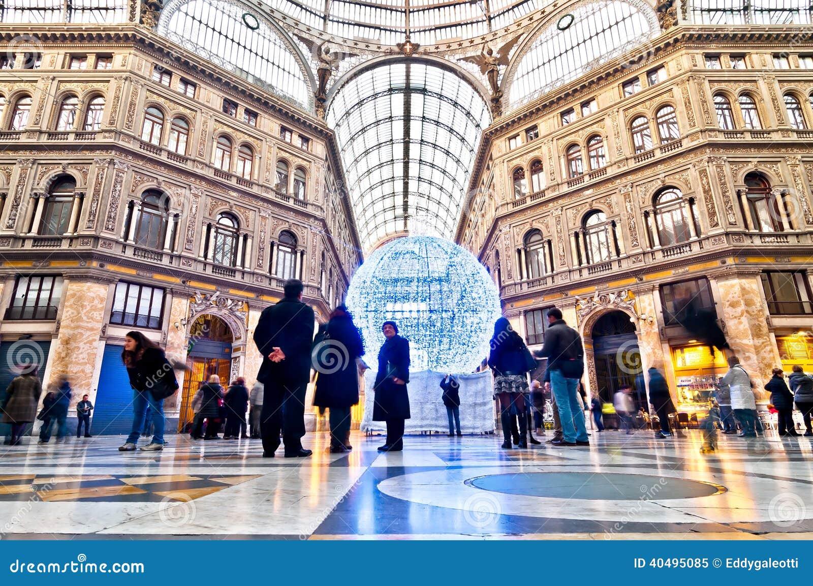 购物画廊圆顶场所翁贝托我在那不勒斯,意大利