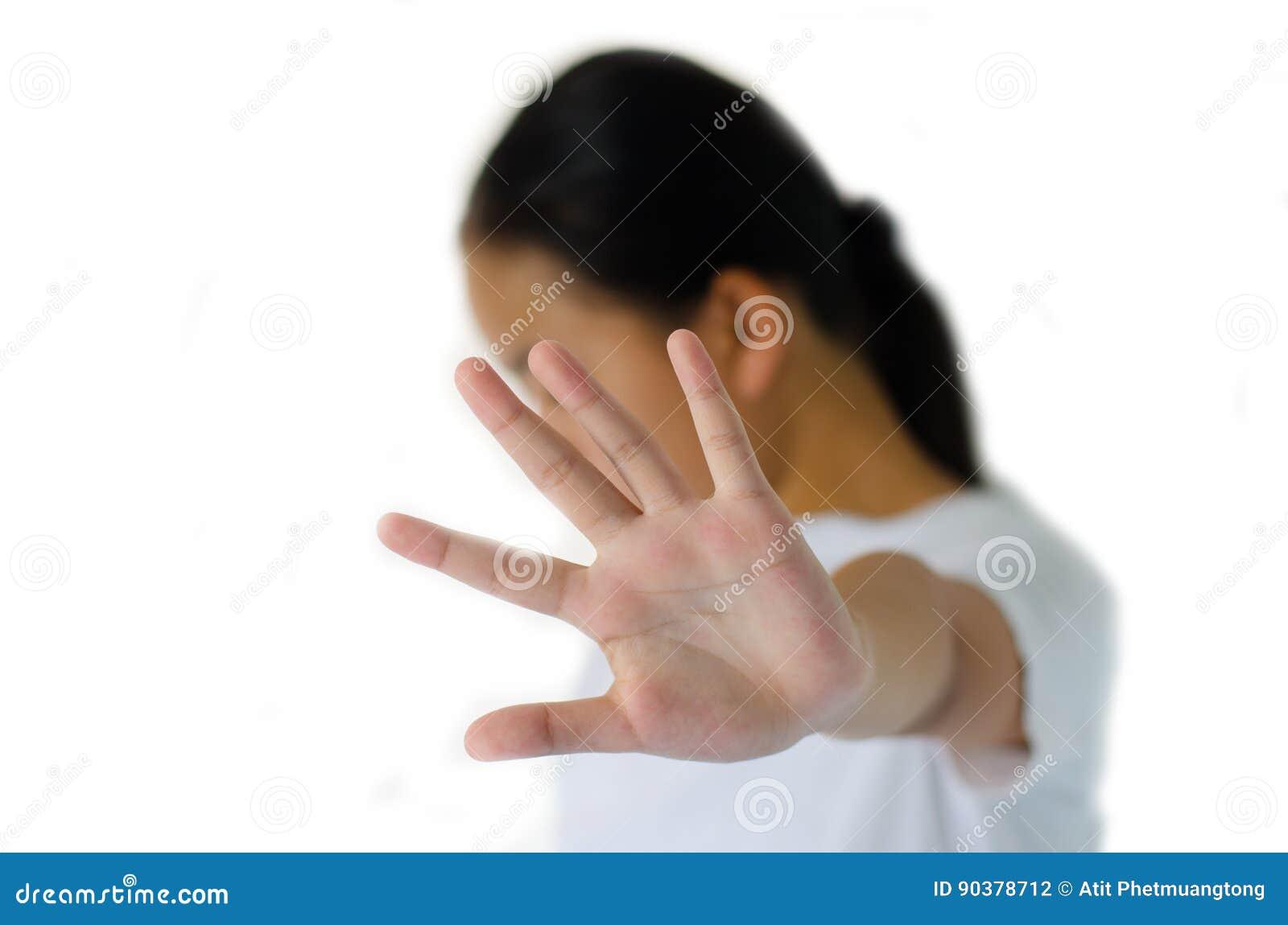 特写镜头画象,不快乐,疯狂的女孩,举手说,那里没有中止权利