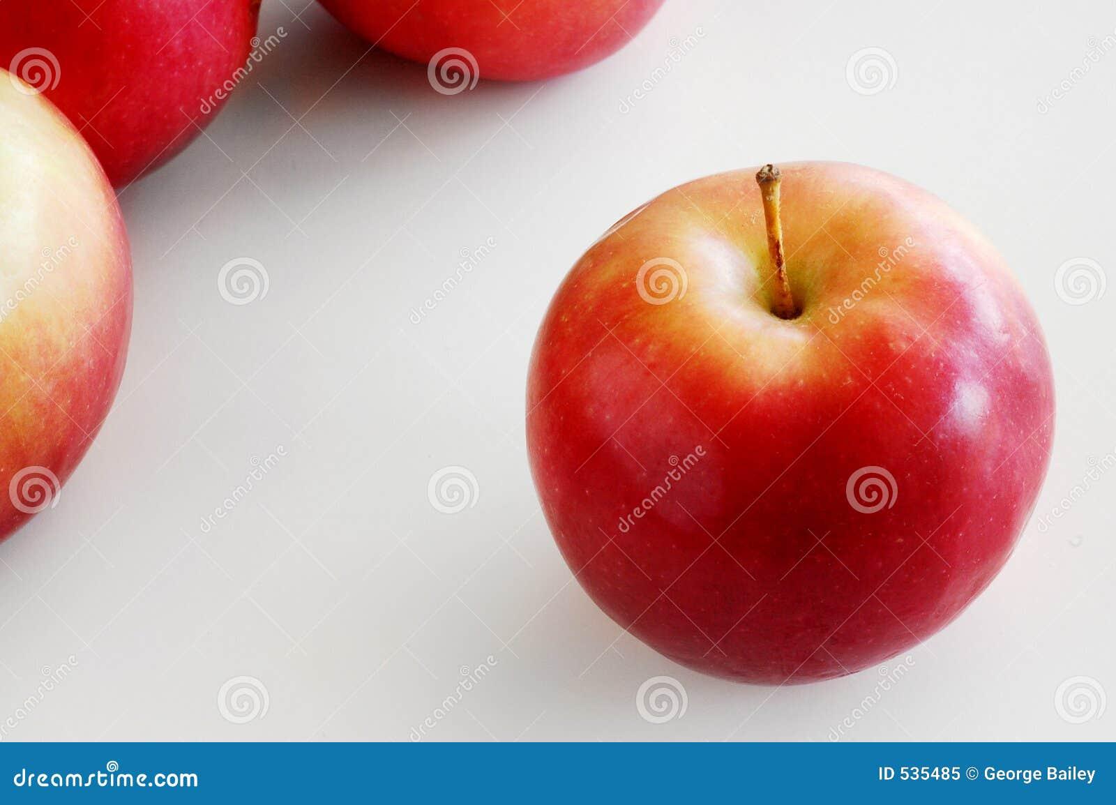 Download 独奏的苹果 库存图片. 图片 包括有 健康, 食物, 产物, 查出, 鲜美, 果子, 申请人, 快餐, macintosh - 535485