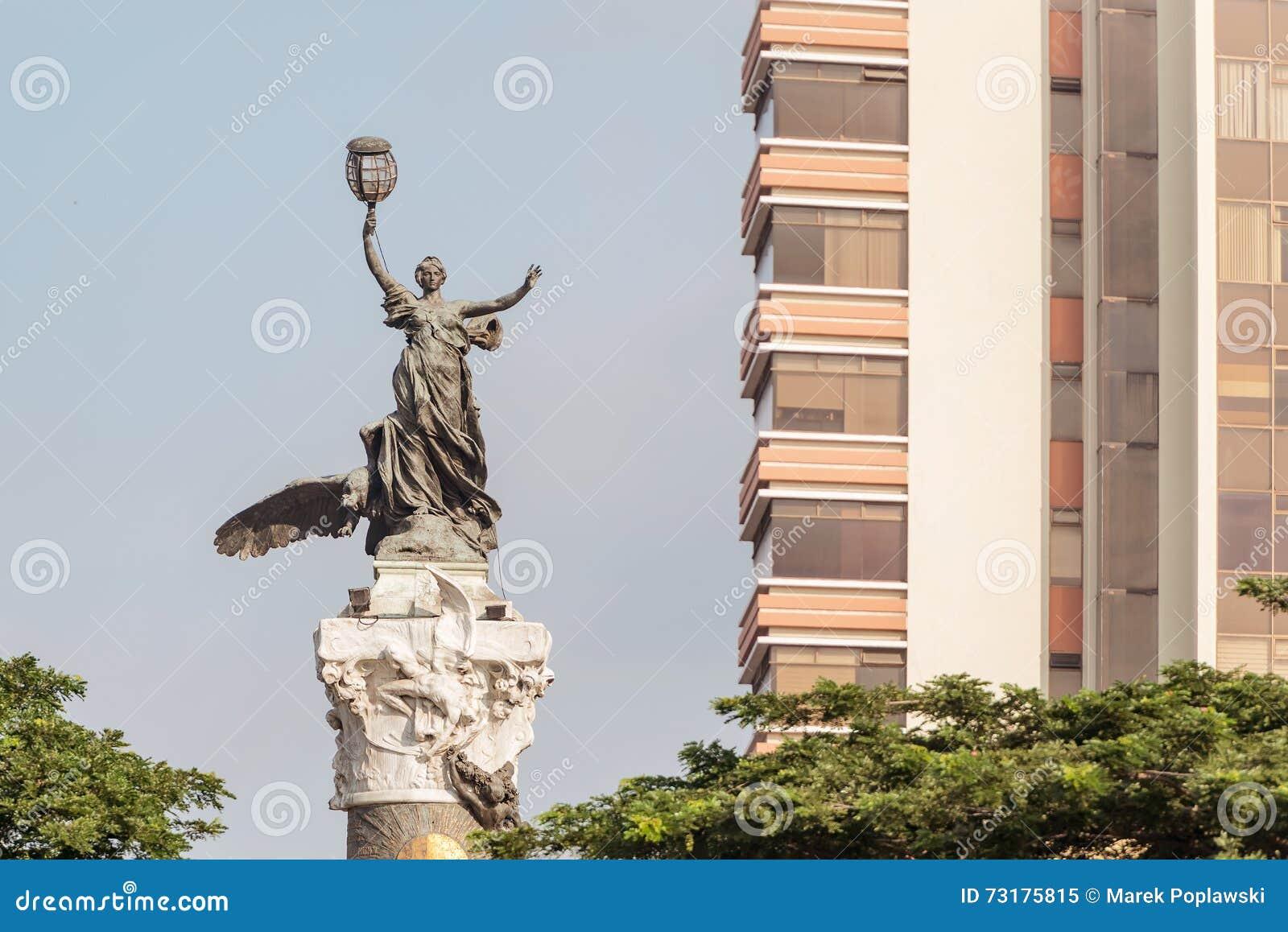 独立纪念碑在瓜亚基尔厄瓜多尔