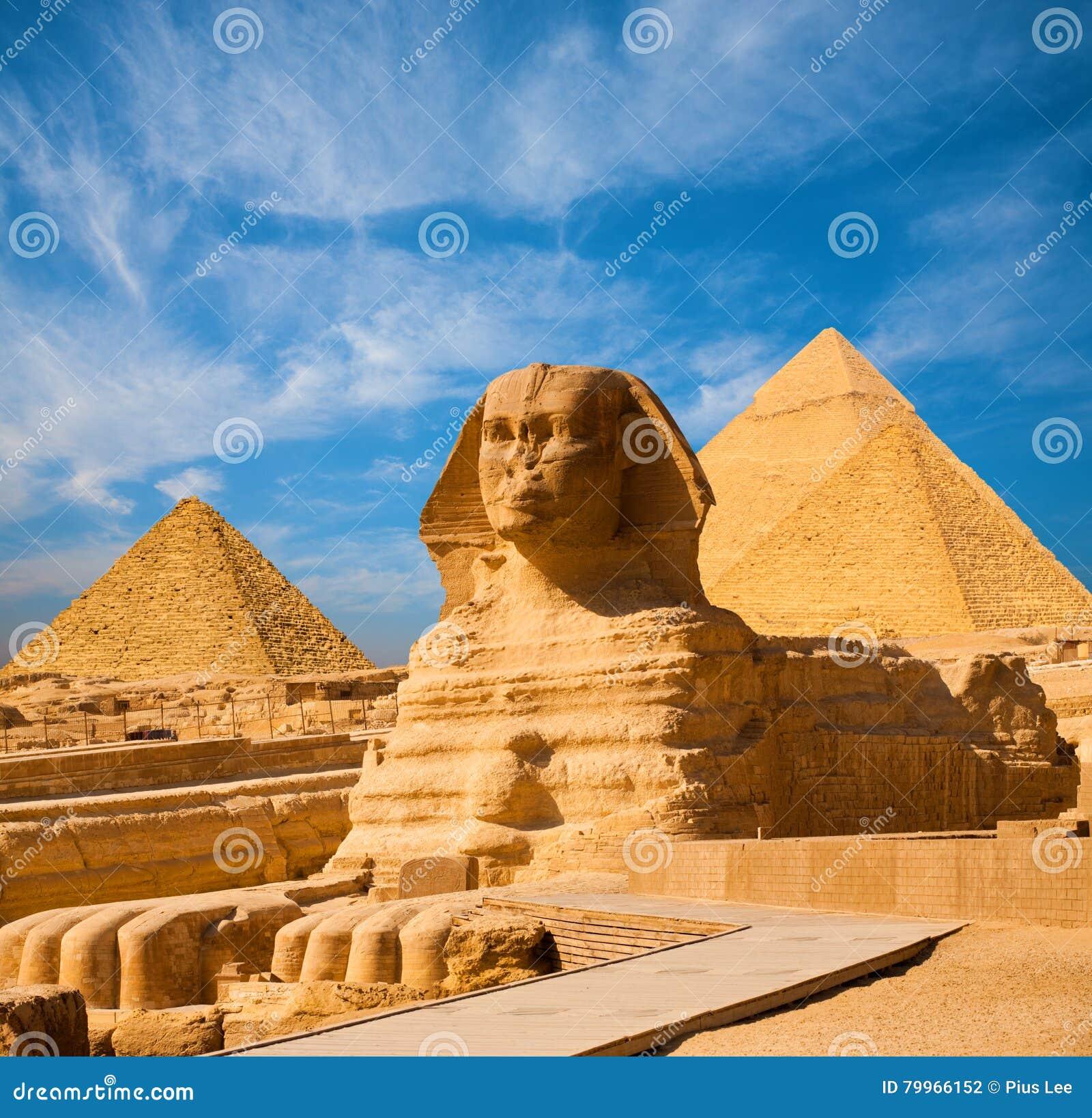狮身人面象充分的身体蓝天所有金字塔埃及
