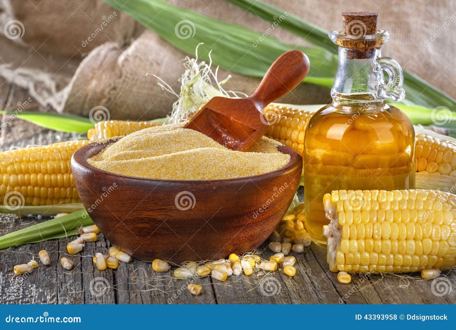 玉米、沙粒和玉米油