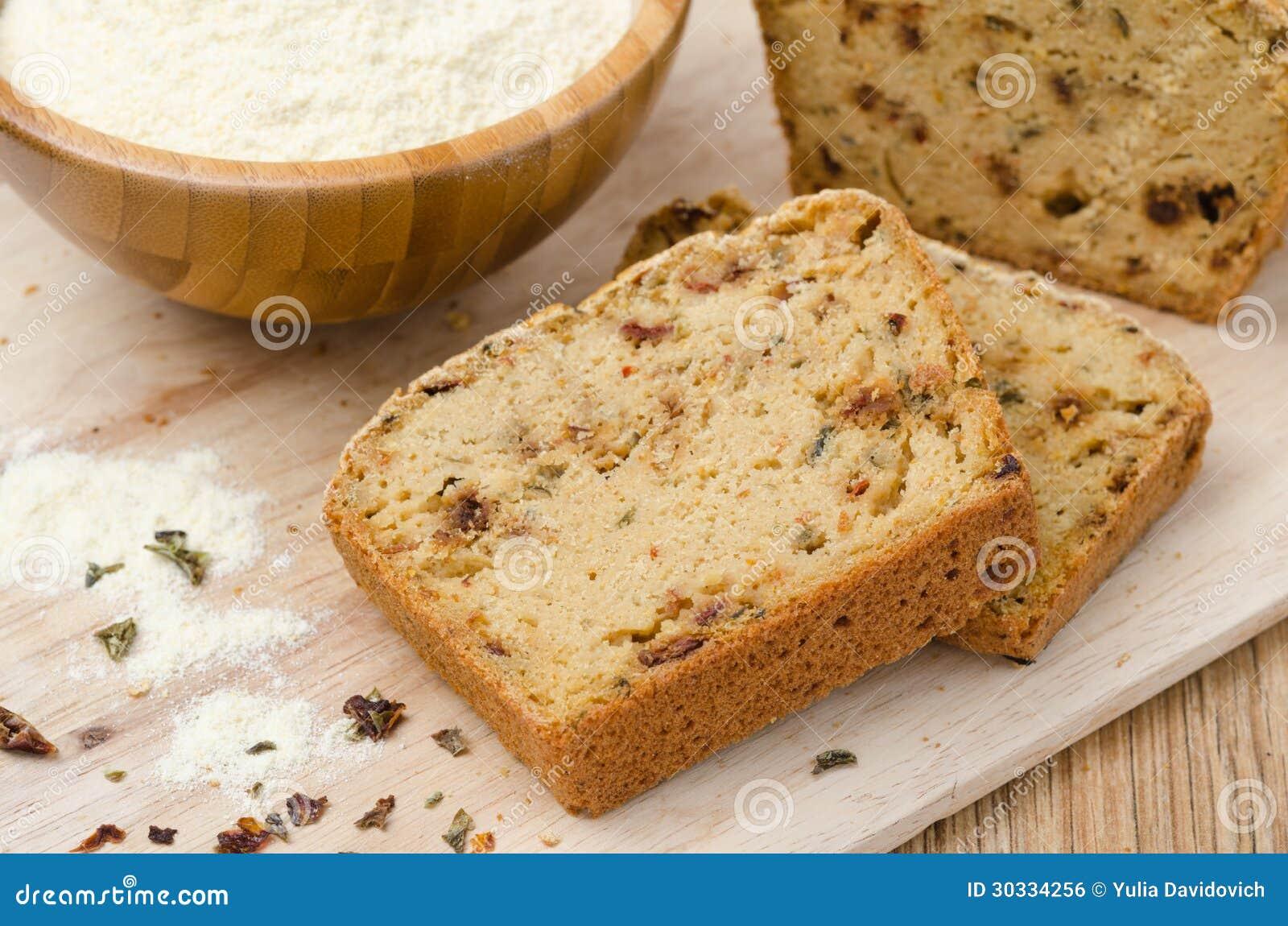 玉米面面包片断用干辣椒粉