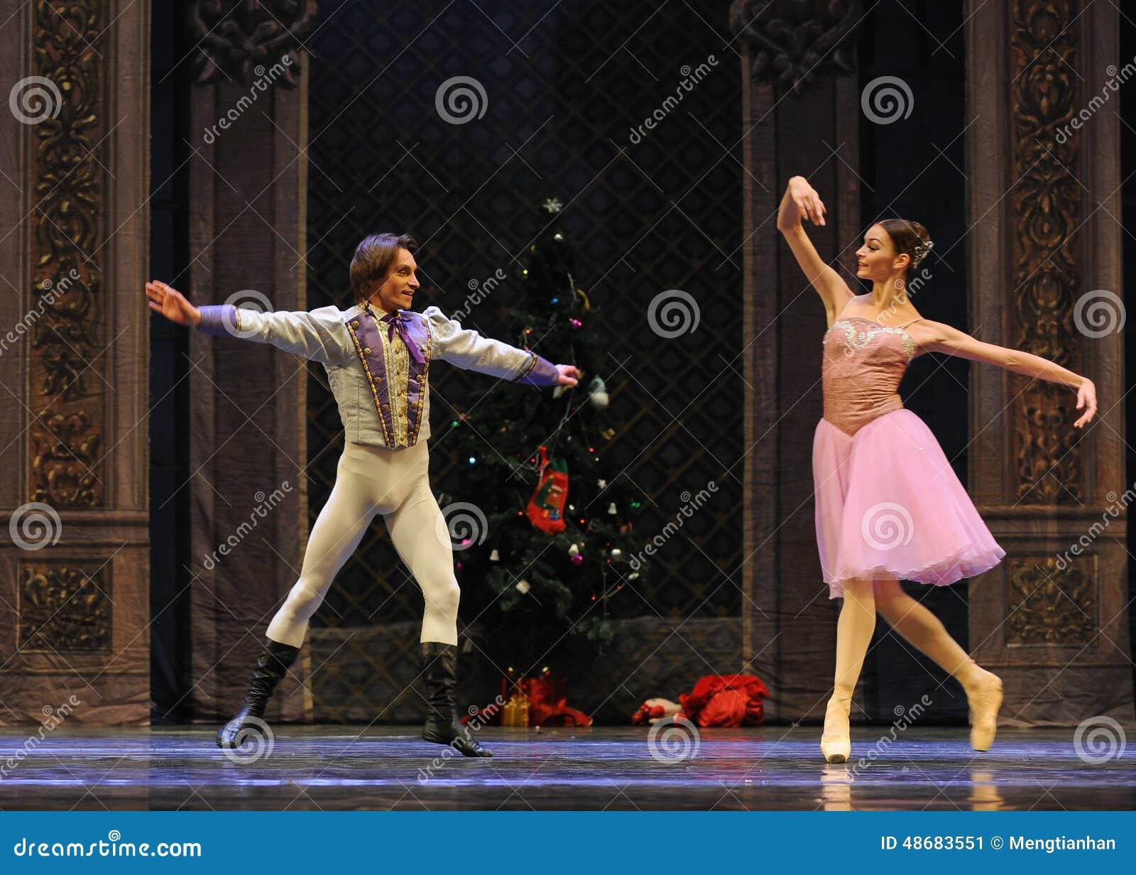王子是情痴的与克拉拉这芭蕾胡桃钳