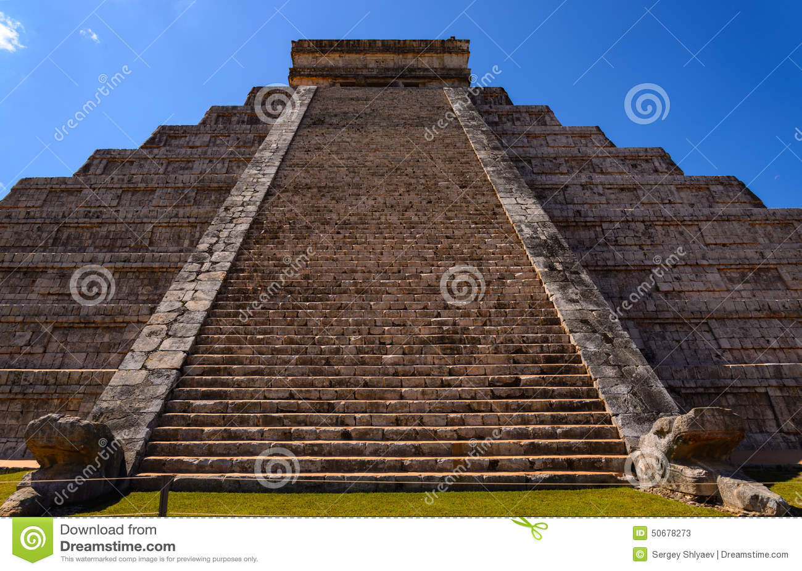 Download 玛雅Kukulcan金字塔 库存图片. 图片 包括有 绿色, 目的地, 考古学, 反气旋, 墨西哥, 布琼布拉 - 50678273