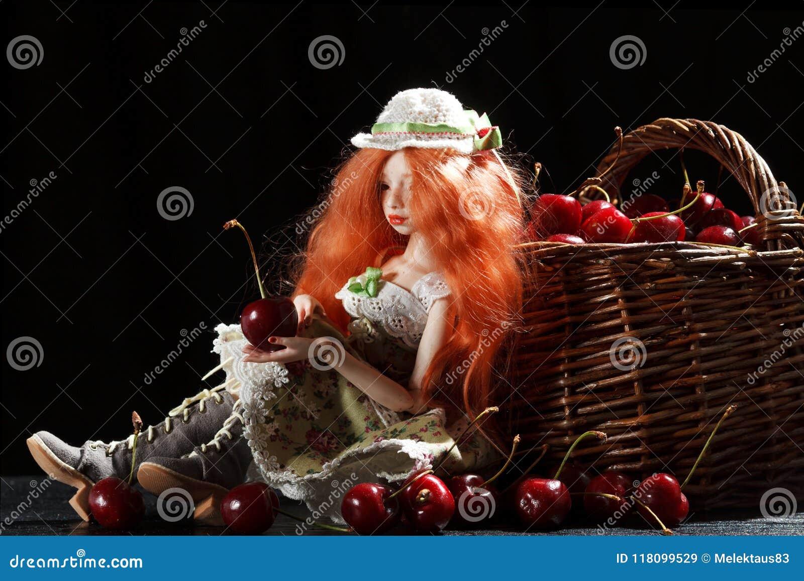 玩偶和樱桃