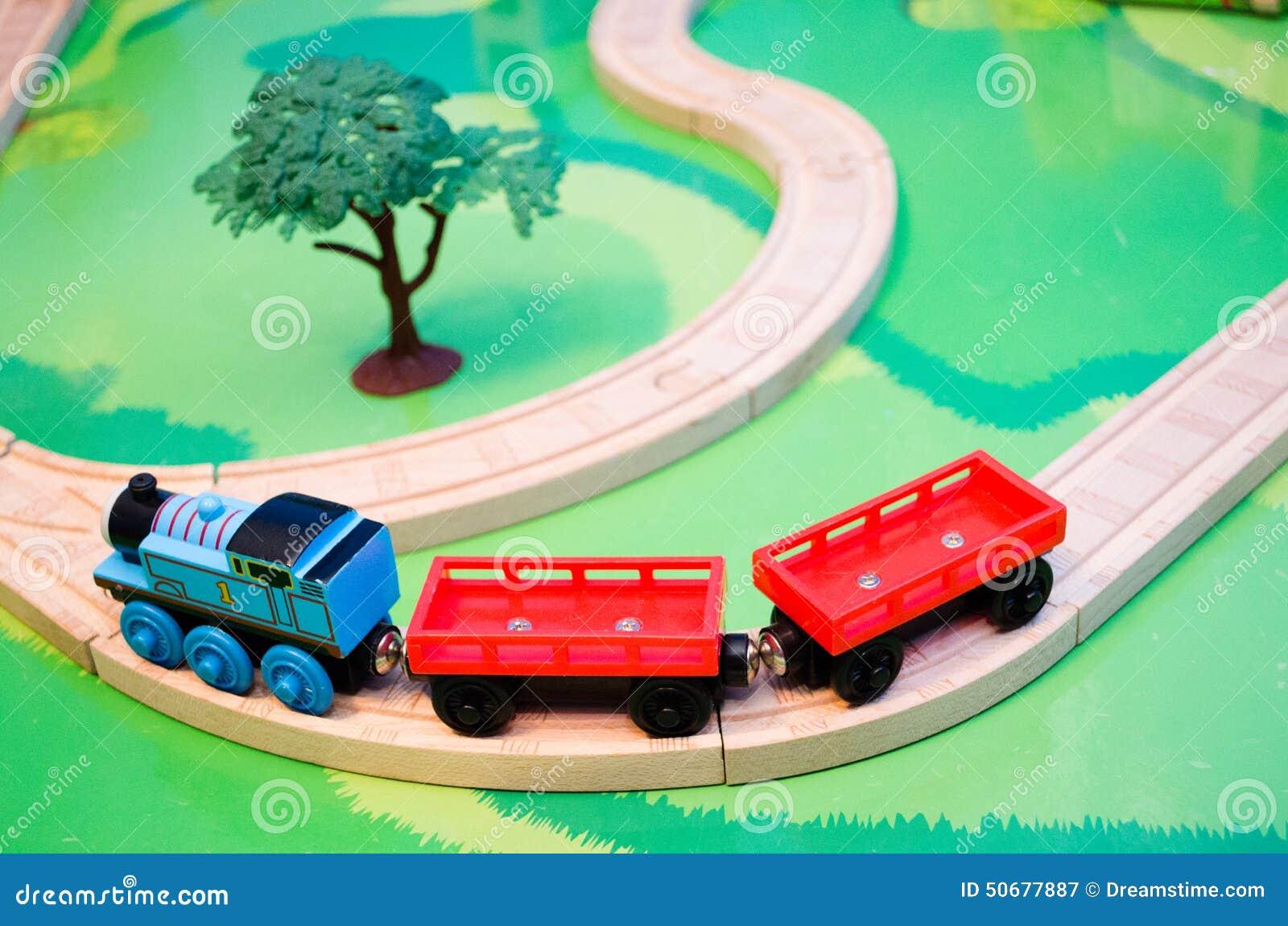 Download 玩具火车集合 库存图片. 图片 包括有 启用, 角落, 子项, 舍入, 可弯的, 坦克, 红色, 童年, 玩具 - 50677887