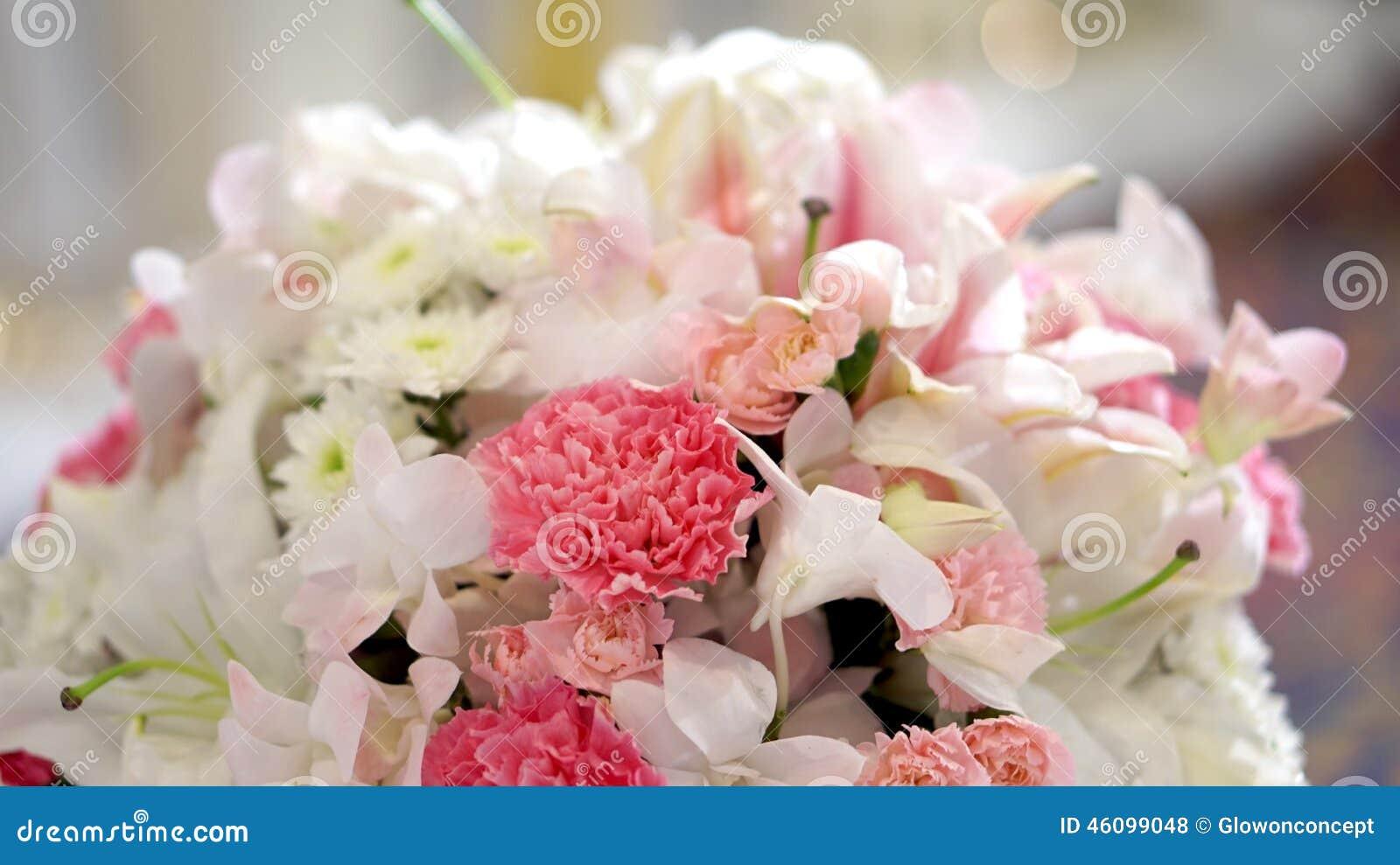 白色玫瑰花婚礼,华伦泰背景.