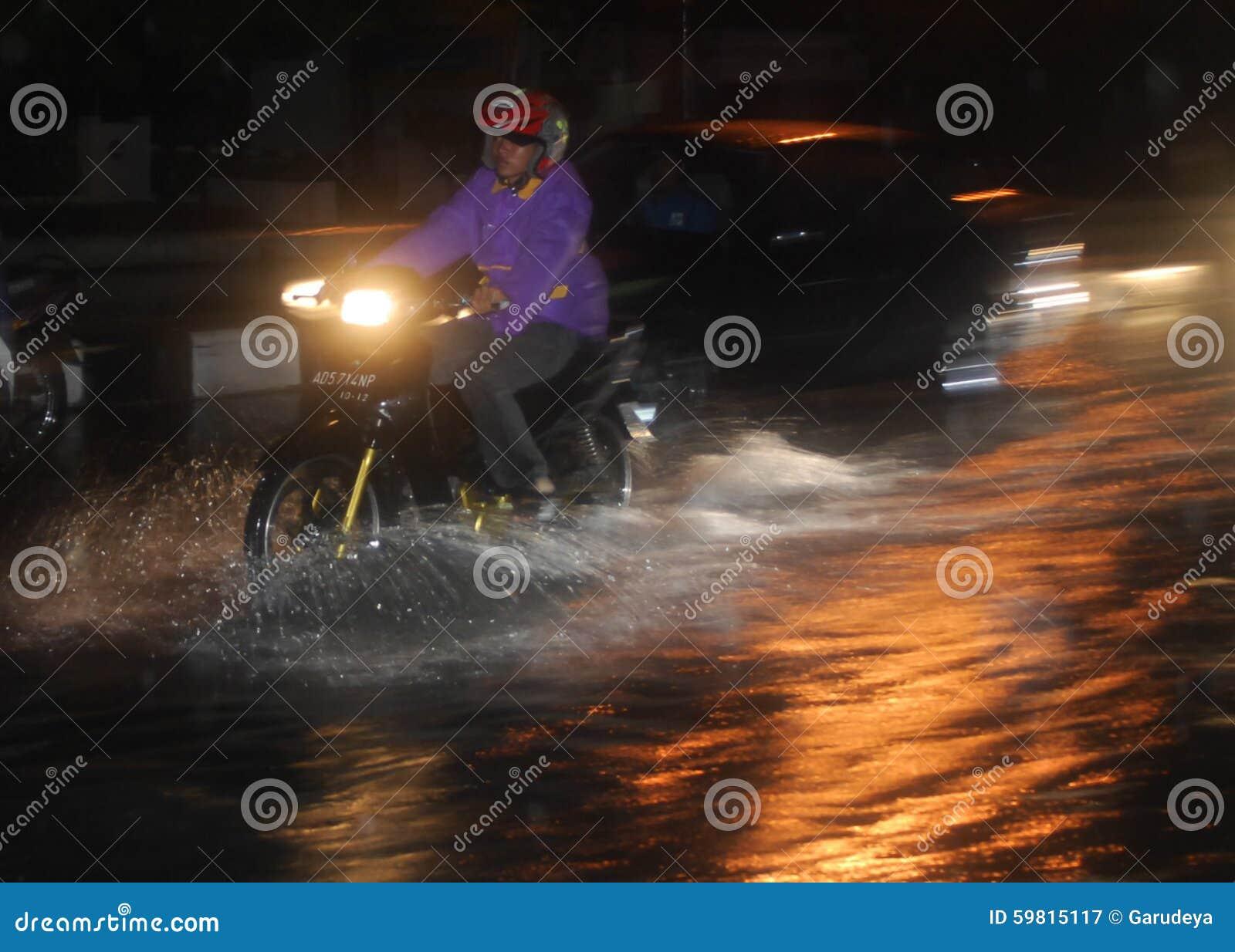 环境灾害损伤洪水