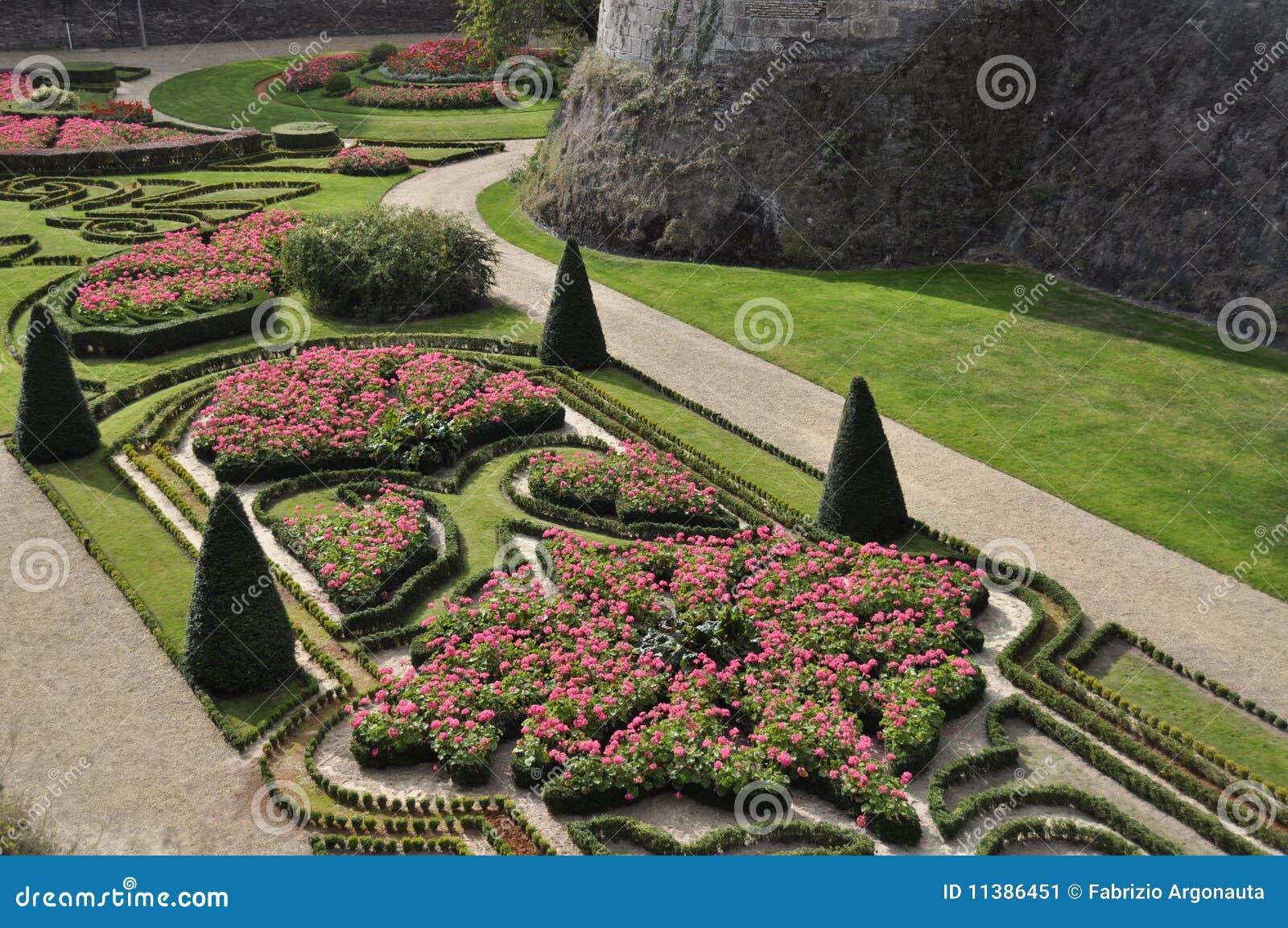 天线激怒背景城堡花圃法国庭院环境美化的loire valley视图.图片