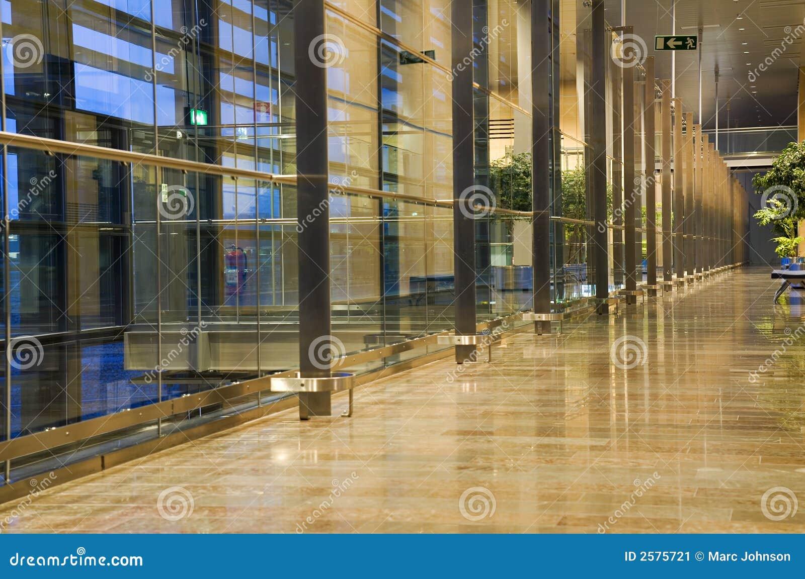 现代的走廊