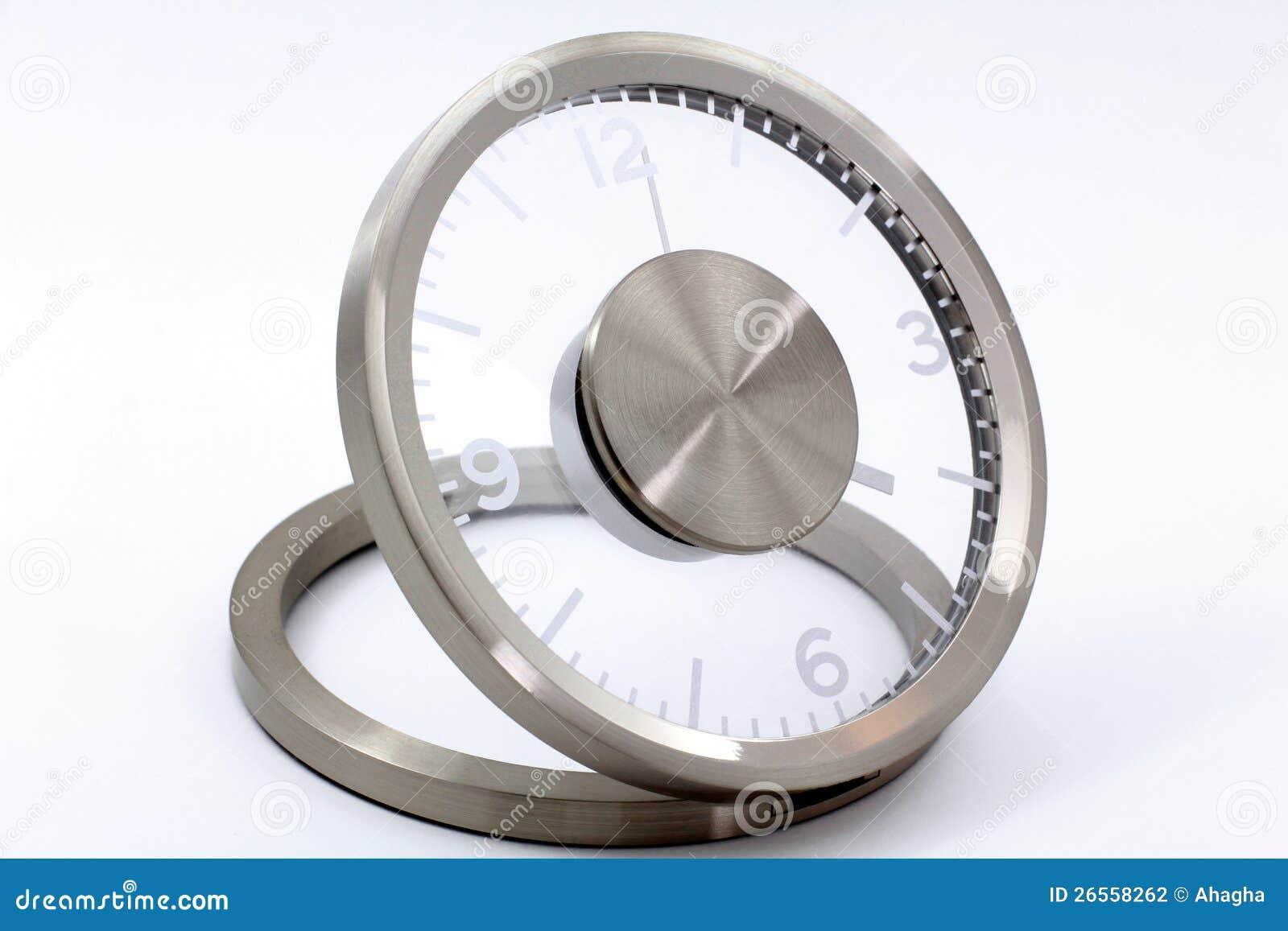 现代银色时钟